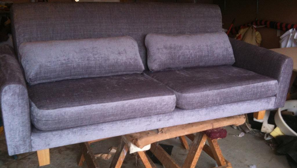 Reupholster couch cushions cost